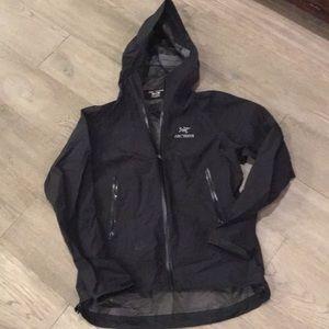 Arc'teryx women's medium black jacket